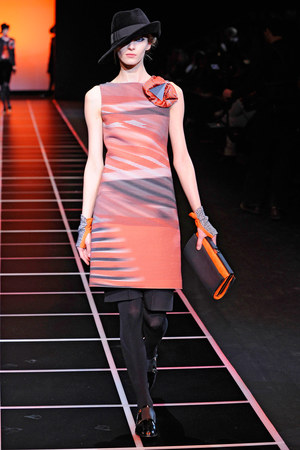 giorgio-armani-orange-and-grey-ribbed-dress-profile