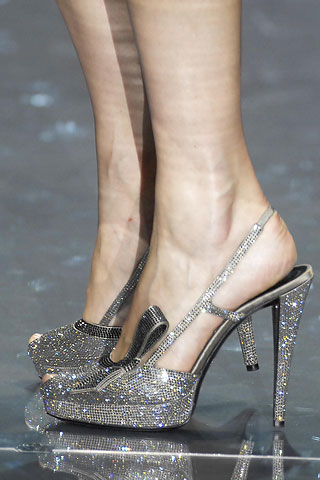 armani-prive-fall-2007-couture-shoe
